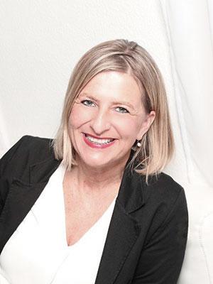 Stefanie Exner