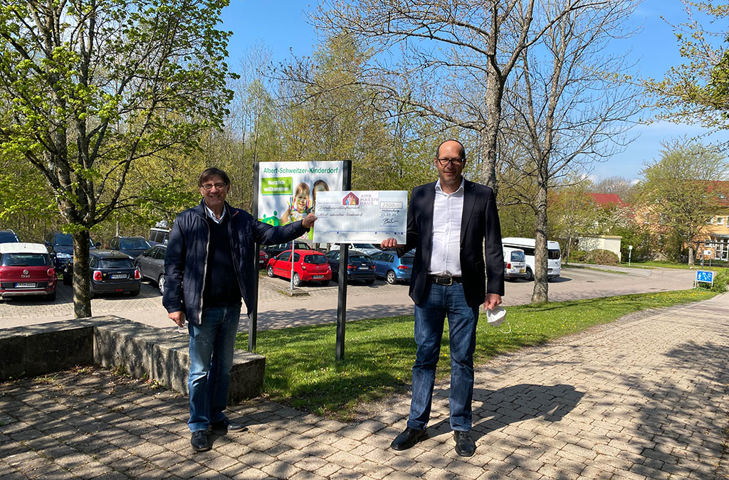 Waldenburger Kinderdorf Wolfgang Bartone und AMB Massivhaus Axel Bähr
